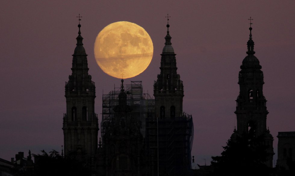 Preparing for the Supermoon