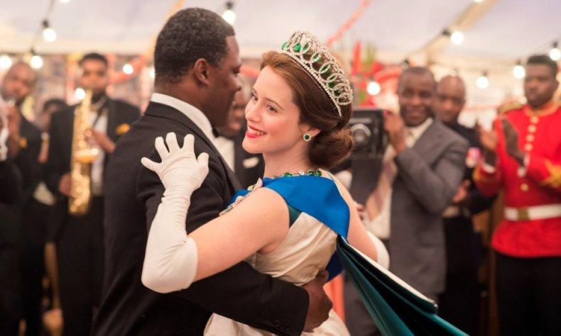 A segunda temporada da série sobre a vida da rainha Elizabeth II, da Inglaterra, volta a exibir seu poderio como uma das produções mais caras da história da TV. Tem, entre seus méritos, o de mostrar sua particular visão da monarquia britânica – toda uma instituição – e também o de se aprofundar em momentos históricos e mudanças políticas e sociais do país e do mundo na década que retrata. Esta é a última oportunidade que o Emmy tem de premiar seus protagonistas, pois o elenco principal vai mudar na próxima temporada.