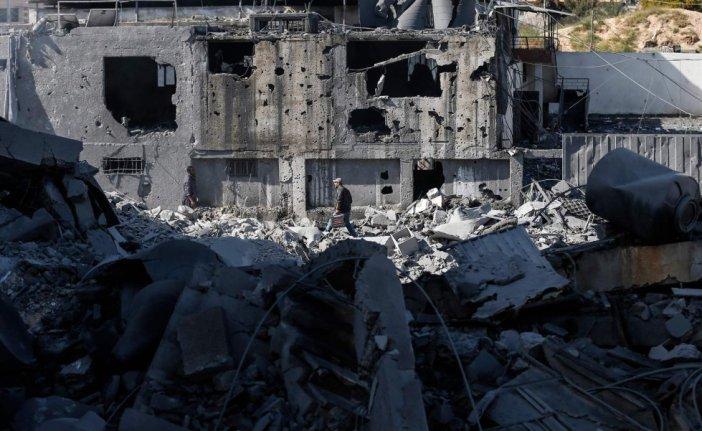 Al menos 30 cohetes han sido disparados desde Gaza hacia el sur de Israel, en la última escalada de violencia en la región a raíz del lanzamiento el lunes de un cohete en el que resultaron heridos siete israelíes, lo que provocó la respuesta del Ejército israelí en forma de bombardeos aéreos dentro de la Franja.