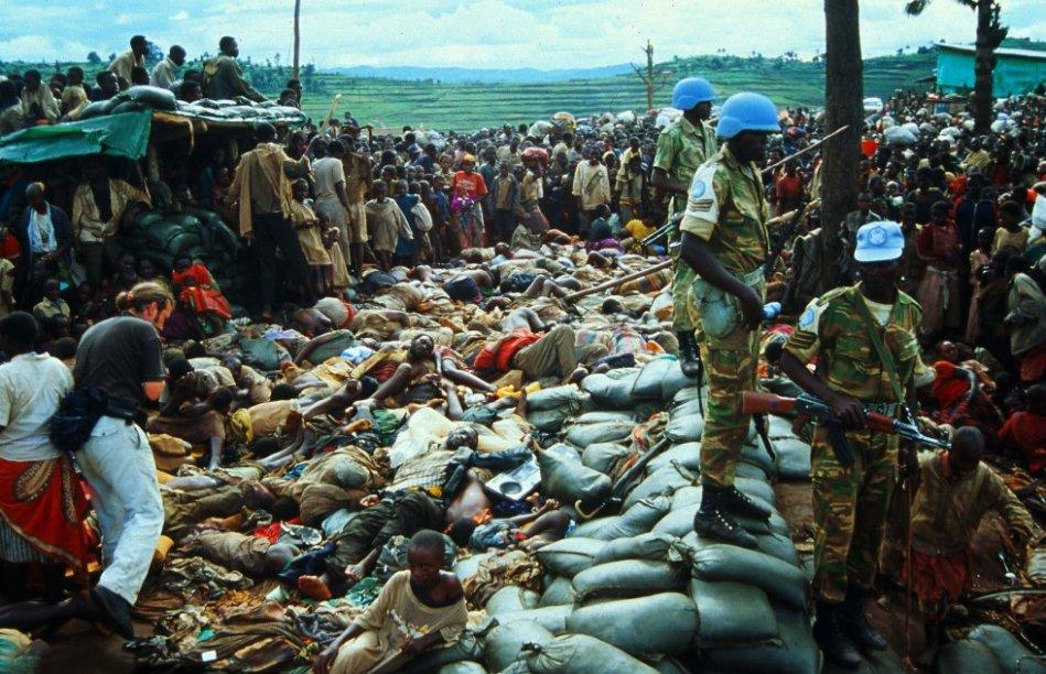 Kibeho era un campamento de refugiados internos en el sur de Ruanda  en el que se hacinaban entre 80.000 y 100.000 hutus. Aquí se realizo la mayor masacre desde el final del genocidio. Las autoridades del gobierno ruandés anunciaron, el 17 de abril de 1995, que todos los campamentos de la provincia serían cerrados de inmediato.