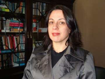 A pesquisadora Camila Nunes Dias