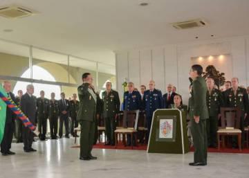 """Comandante do Exército diz que general que elogiou torturador """"lidera pelo exemplo"""""""