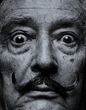 El artista Salvador Dalí, en una imagen de 1966 realizada por el fotógrafo Raúl Cancio para el diario 'Pueblo'.
