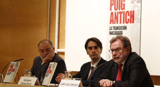 Juan Luis Cebrian y Angel Juanes, presentan el libro Puig Antich, la transición inacabada, de Gutmaro Gomez Bravo.