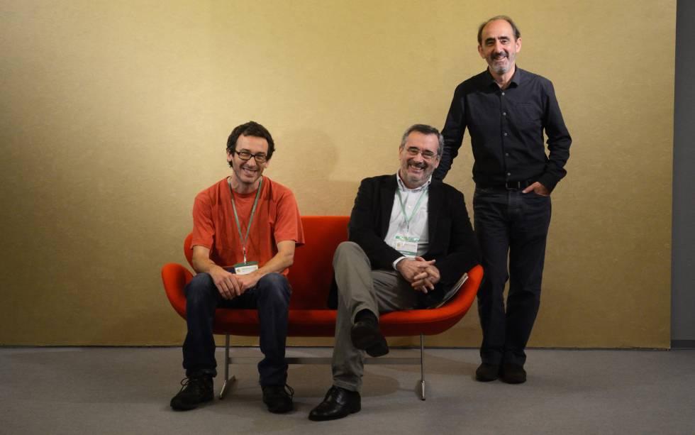 Desde la izquierda, César Rendueles, Manuel Cruz y Daniel Innerarity, en Burgos.