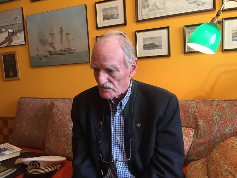 El escritor Jean Raspail, en su casa.
