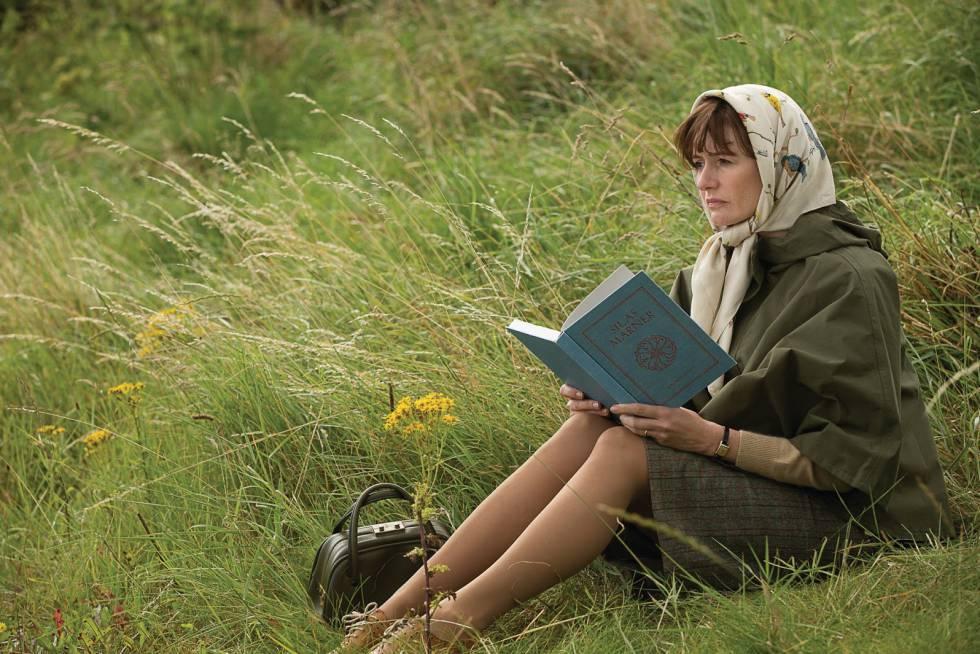 La actriz Emily Mortimer, en 'La librería', de Isabel Coixet.