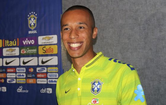 La afición brasileña realmente ilusionados con el brillante nivel de Miranda con su selección 1