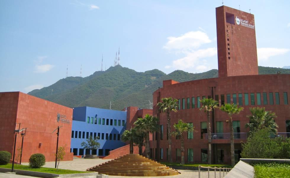 Exteriores de la sede de EGADE en Monterrey.
