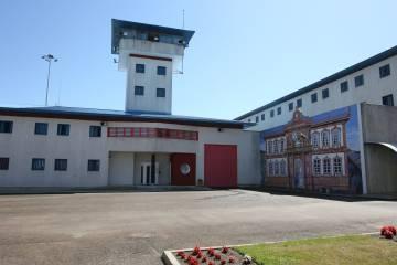Entrada de la prisión de A Lama (Pontevedra), inaugurada en 1998.
