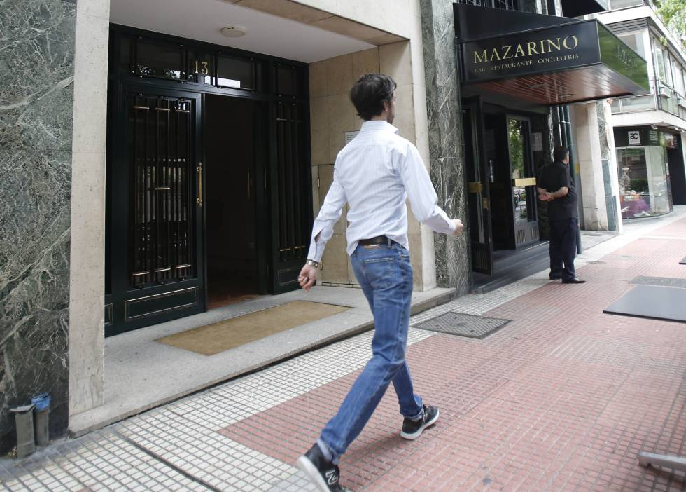 La academia Inicia Profesional se encuentra en los bajos de este edificio de Eduardo Dato, 13 (Madrid).