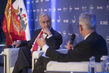 El presidente de Chile, Sebastián Piñera, conversa con Javier Moreno, director de EL PAÍS en América Latina.