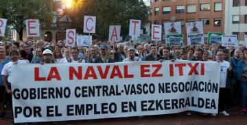 Manifestación contra el cierre de La Naval en Sestao.