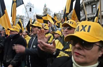 Protesta de taxistas argentinos contra Uber.