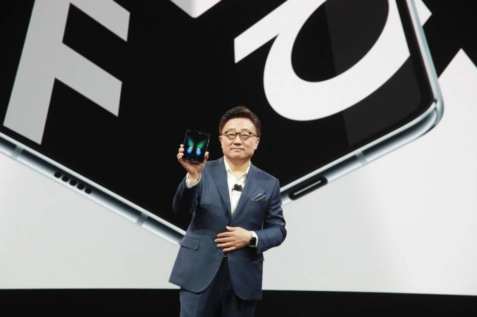 DJ Koh, presidente de Samsung Electronics en la presentación del Galaxy Fold.