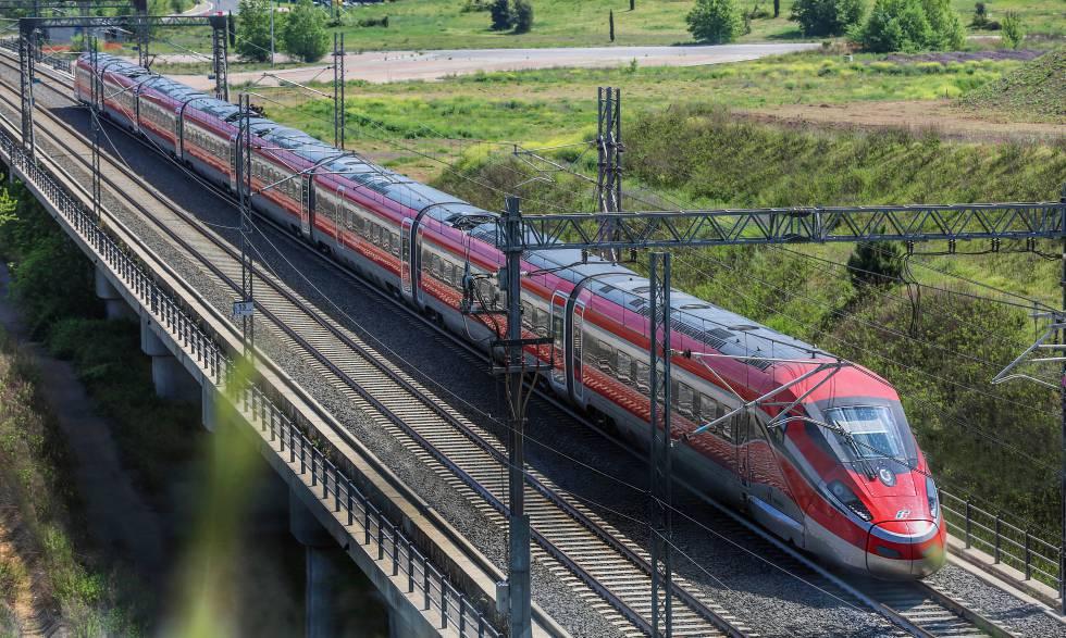 Tren Frecciarossa 1000 de Trenitalia.