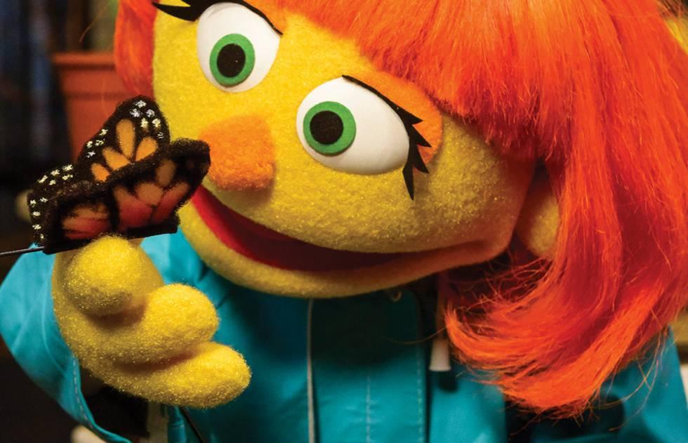 Julia, la marioneta con autismo.
