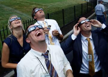 La 'eclipsemanía' sacude Estados Unidos