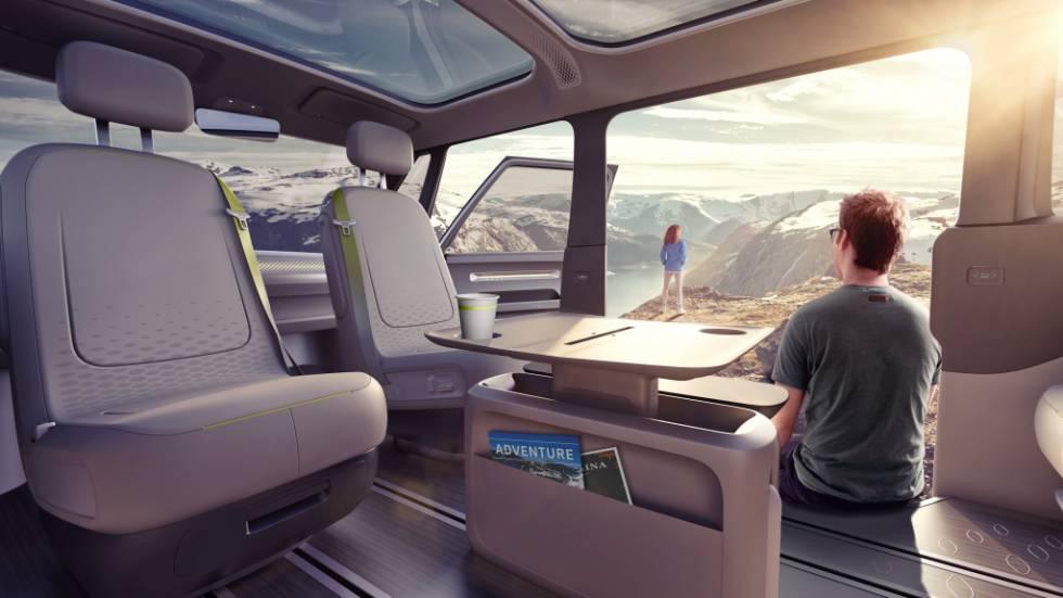El interior del Volkswagen ID Buzz es totalmente modificable y adaptable a la conducción 100% autónoma.