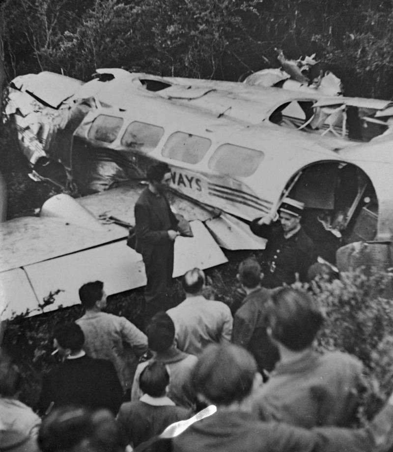 Kathleen Kennedy died in 1948 in a plane crash.