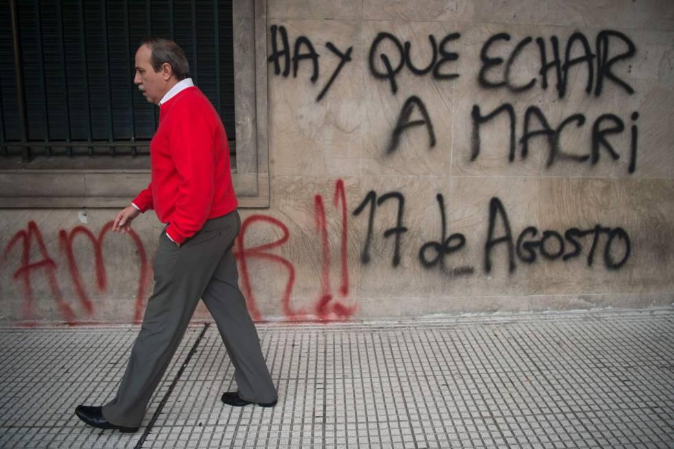 Las paredes también comienzan a hablar en Buenos Aires.