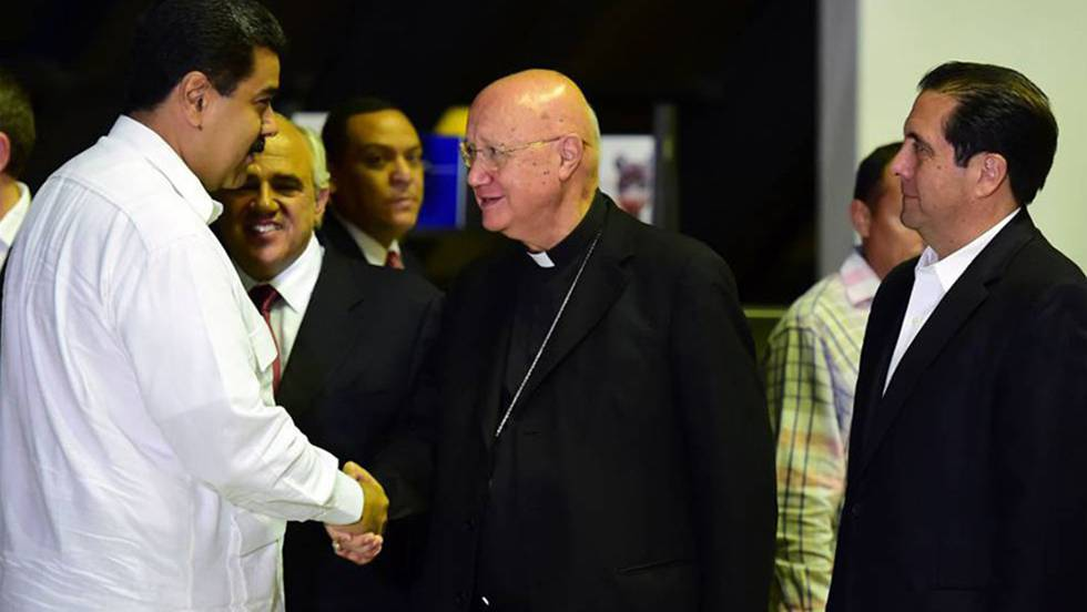 Maduro y Mons. Celli en el inicio de diálogo - Fuente: El Pais