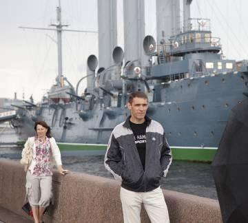 En San Petersburgo se conservan iconos revolucionarios como el Aurora –hoy convertido en buque-museo–, parte de cuya tripulación se unió a la revolución de 1917.