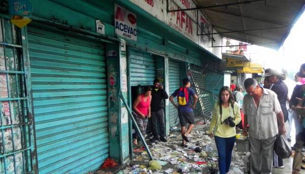 "Looting and unrest in Venezuela: ""I've never seen anything ..."