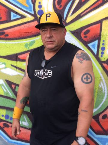 Luis González, que trabalha em um centro de desintoxicação em Miami.