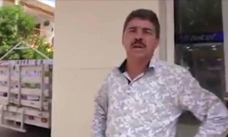 El activista y político Salvador Magaña.