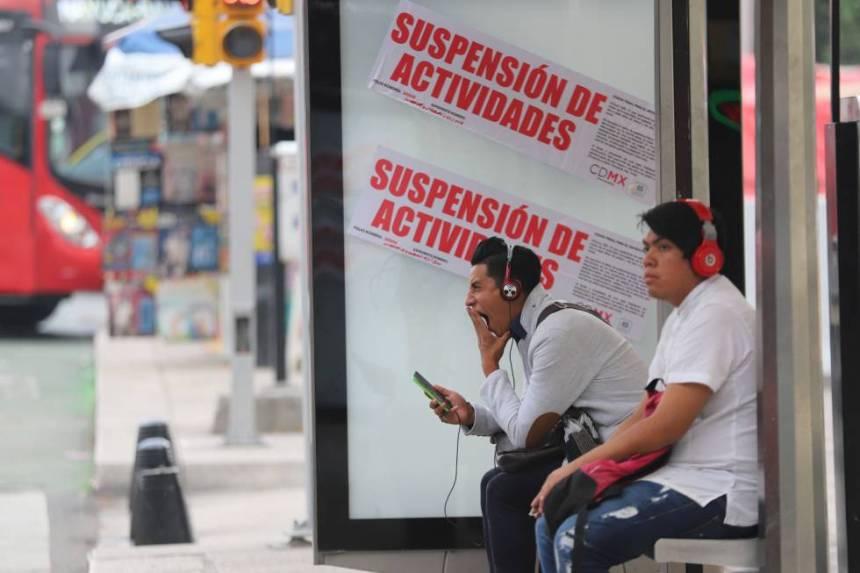 Las autoridades suspenden la publicidad en un parabús de Ciudad de México.