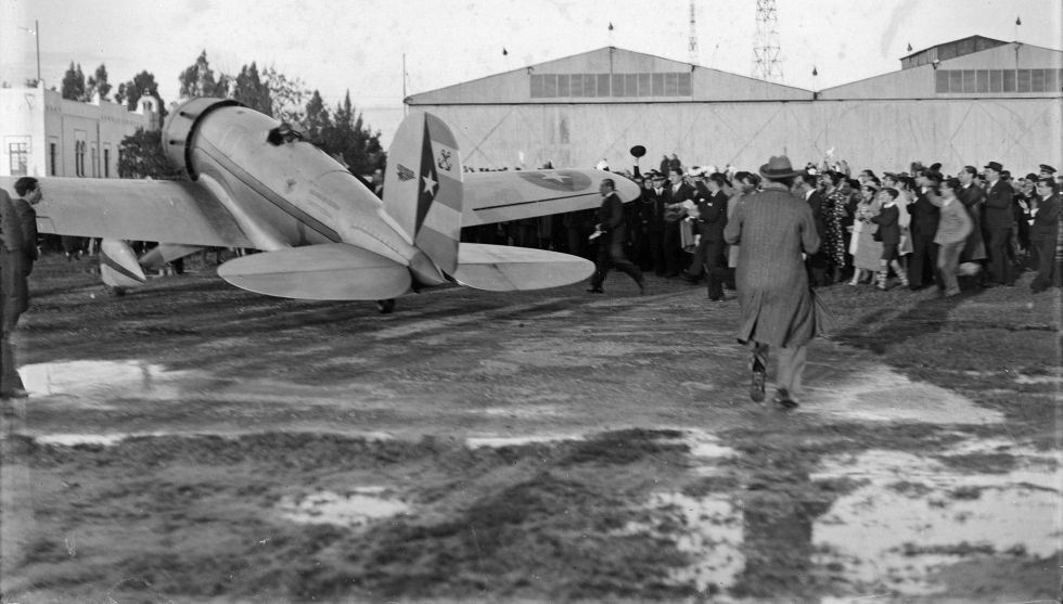 Llegada del '4 de Septiembre' a Tablada en 1936.