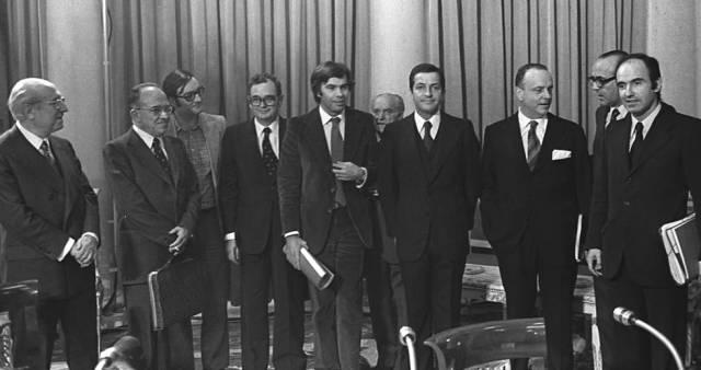 Resultado de imagen de Pactos de la Moncloa