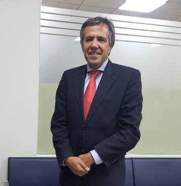 Fernando Osuna, abogado del tetrapléjico.