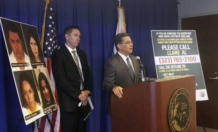 El fiscal Xavier Becerra durante la presentación de la investigación.
