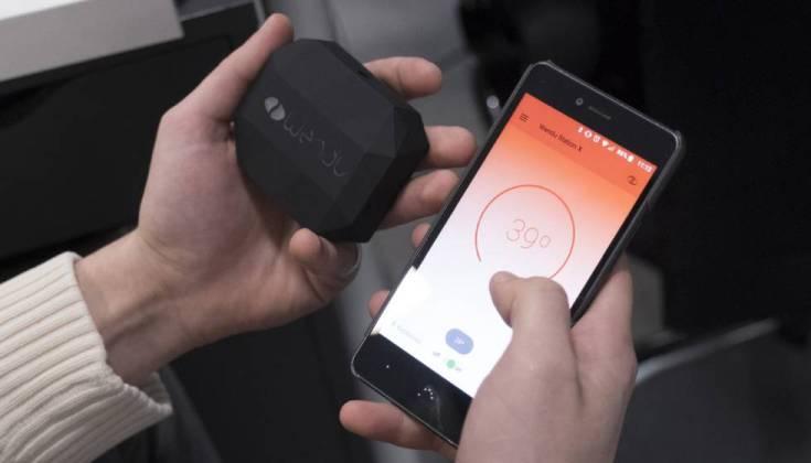 Dispositivo que alberga la batería, entre otros elementos del equipo, y aplicación móvil de Wendu.