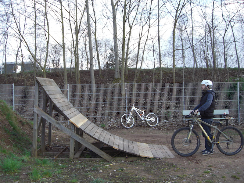Wooden Jumps With Pics Page 93 Pinkbike Forum