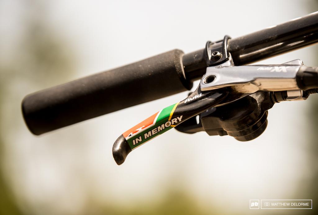 Custom levers on Kulhavy s Avid XX brakes in memory of Burry.