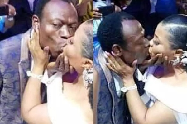 A 29-year-old lady Mercy Mokeira, rushed to the hospital after the groom suffocates her with kisses at a wedding ceremony