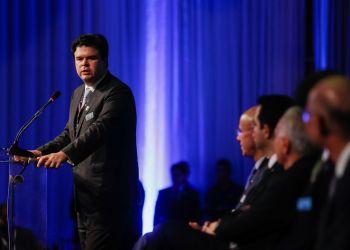 Ribeirão Preto (SP) - O ministro de Minas e Energia, Fernando Coelho Filh,  discursa na sessão de encerramento da conferência Abertura da Safra de Cana, Açúcar e Etanol 2018/2019 (Beto Barata/PR)