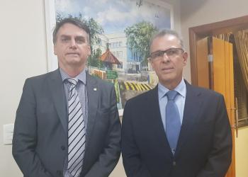Almirante Bento Costa Lima é anunciado por Bolsonaro para o MME