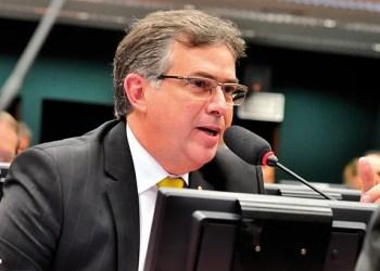 Relator da proposta de equalização da tarifa, Joaquim Passarinho criticou ausência da Aneel no debate/Foto: liderança do PSD