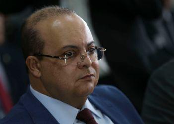 O governador do DF, Ibaneis Rocha, durante reunião extraordinária no Fórum de Governadores em Brasília.