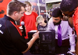 Teamwork at the MSI Gaming PC Workshop