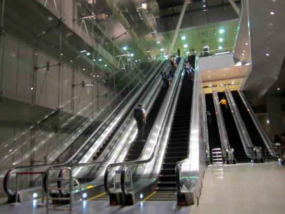 Singapore Airport metroasemalta päin tultaessa