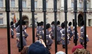 Buckinghamin palatsi, vahdinvaihtoseremoniat
