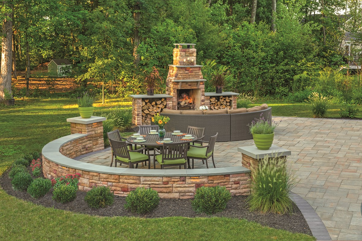 Cast Veneer fireplace design tips - EP Henry | EP Henry on Patio Stone Wall Ideas  id=29343