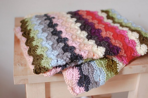 Today I Like… {18/1/12} Dreamy Crochet Blanket {DIY}