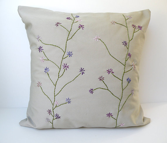 Today I Like {30/5/12} Hand-Embroidered Floral Goodness from Nisseworks
