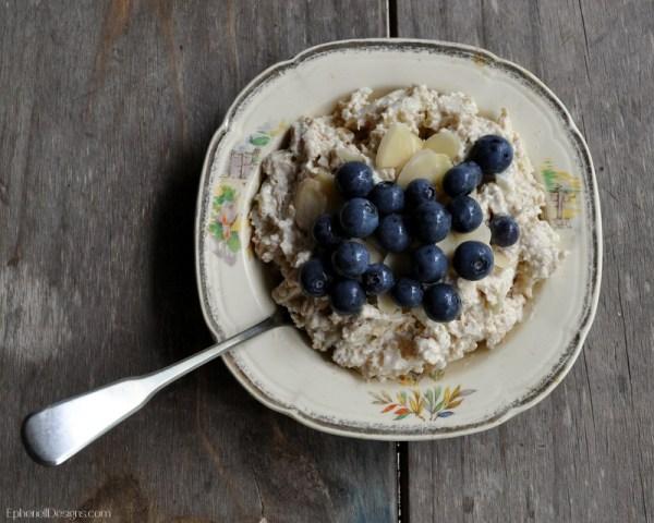 Bircher Muesli with Blueberries and Almond Slivers